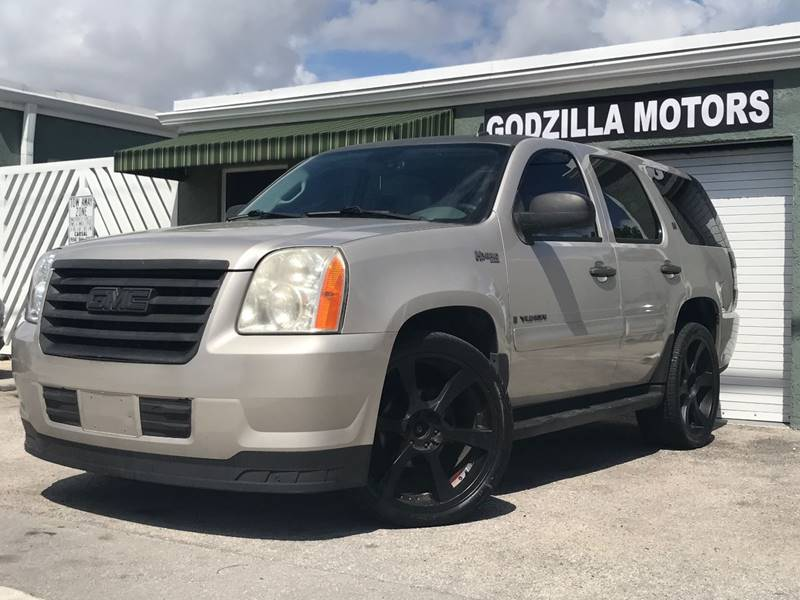 2008 GMC YUKON HYBRID 4X4 4DR SUV white running board color - black trailer hitch body side mol