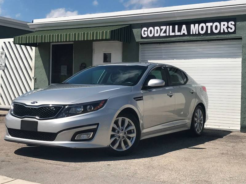 2015 KIA OPTIMA LX 4DR SEDAN gray this one is ready to drive home and show off   dont wait t