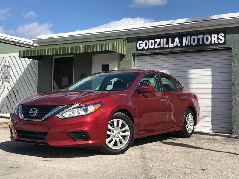 2016 NISSAN ALTIMA 25 4DR SEDAN red this one is ready to drive home and show off   dont wai