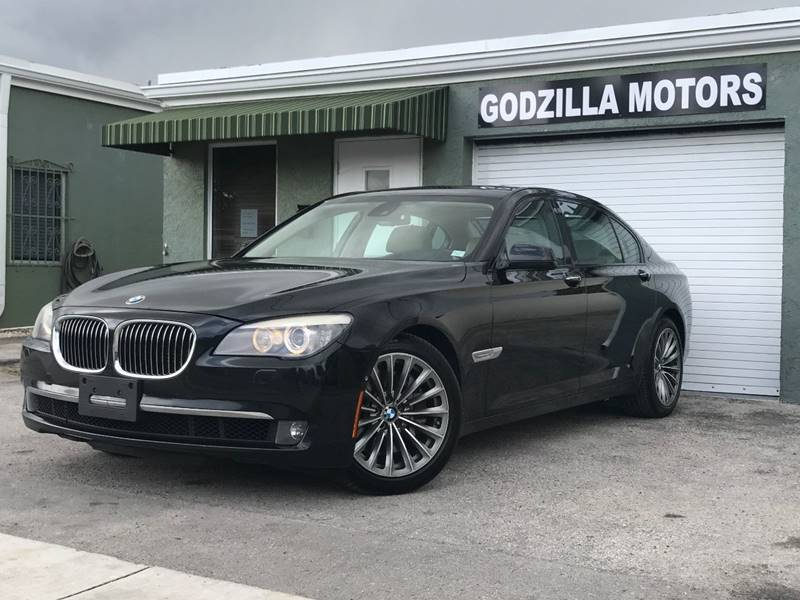 2011 BMW 7 SERIES 750LI 4DR SEDAN black this one is ready to drive home and show off   dont