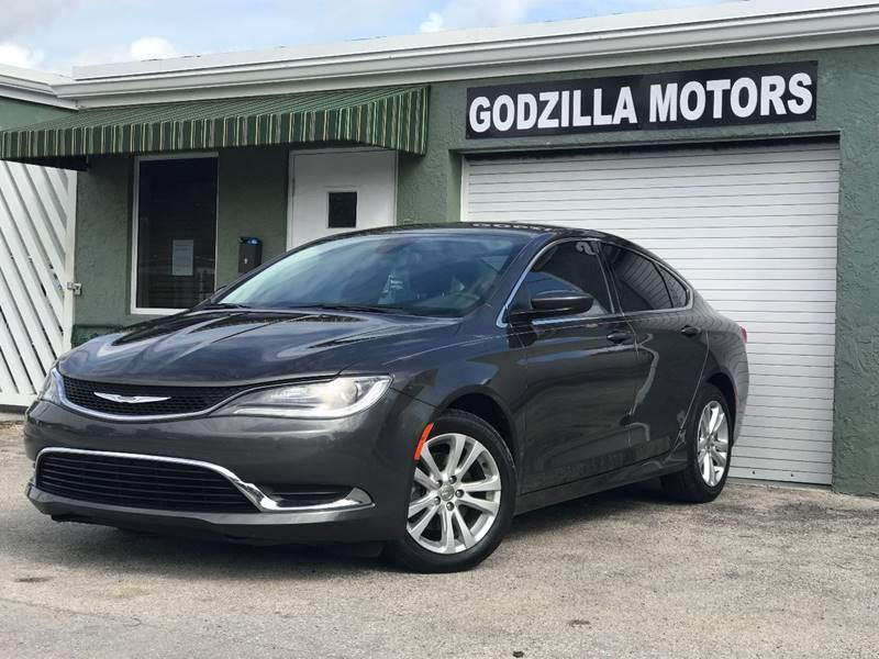 2015 CHRYSLER 200 LIMITED 4DR SEDAN gray this one is ready to drive home and show off   dont