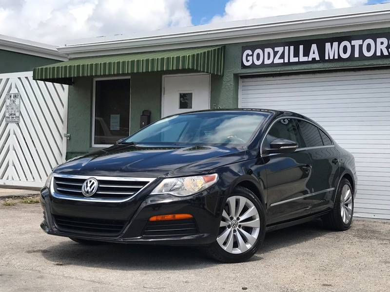 2012 VOLKSWAGEN CC SPORT PZEV 4DR SEDAN 6A black this one is ready to drive home and show off