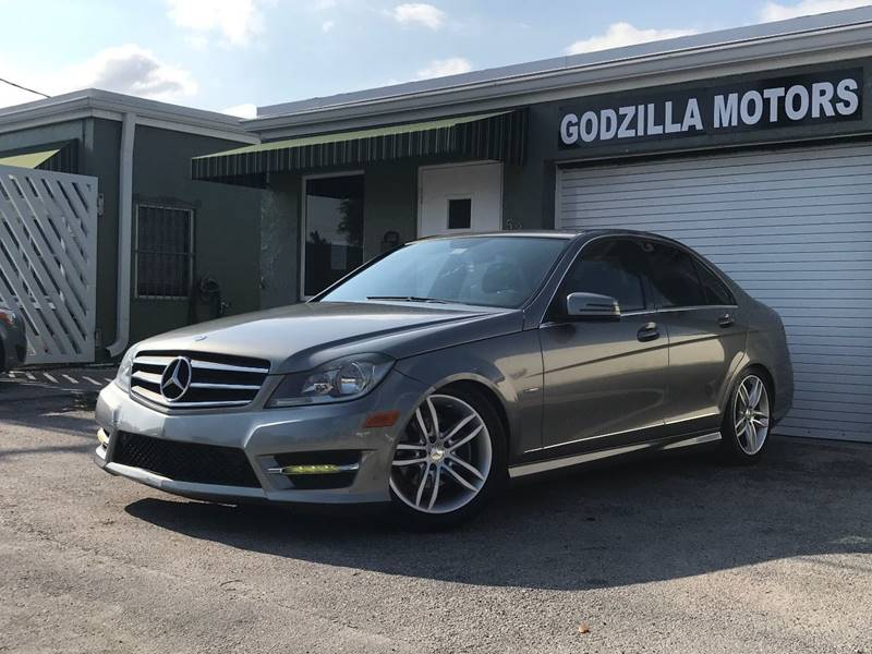 2012 MERCEDES-BENZ C-CLASS C 250 SPORT 4DR SEDAN gray this one is ready to drive home and show of