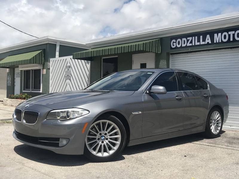 2012 BMW 5 SERIES 535I 4DR SEDAN gray this one is ready to drive home and show off   dont wa
