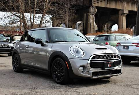 2016 MINI Hardtop 2 Door for sale at Cutuly Auto Sales in Pittsburgh PA