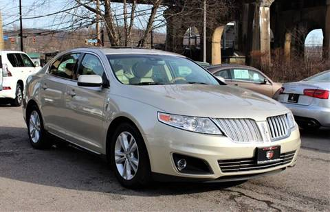2011 Lincoln MKS for sale at Cutuly Auto Sales in Pittsburgh PA