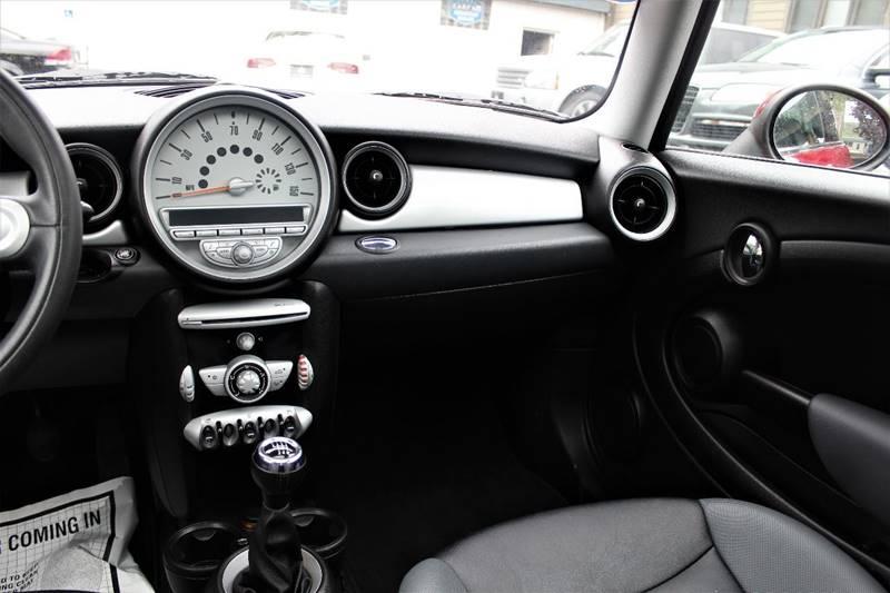 2008 MINI Cooper 2dr Hatchback - Pittsburgh PA