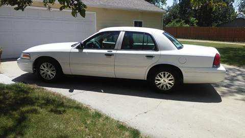 2004 Ford Crown Victoria for sale at Glen's Auto Sales in Watertown SD