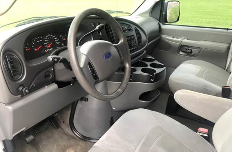 2007 Ford E-Series Wagon for sale at Tucson Used Auto Sales in Tucson AZ