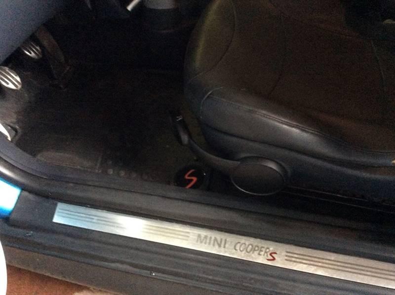 2002 MINI Cooper S 2dr Supercharged Hatchback - Branford CT