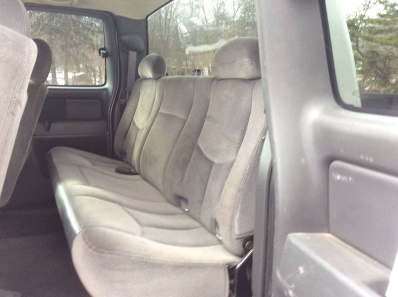 2005 GMC Sierra 2500HD 4dr Extended Cab SLE 4WD LB - Branford CT