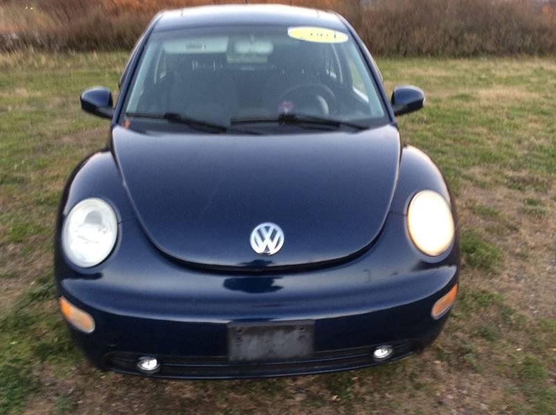 2004 Volkswagen New Beetle GLS 2dr Hatchback - Branford CT