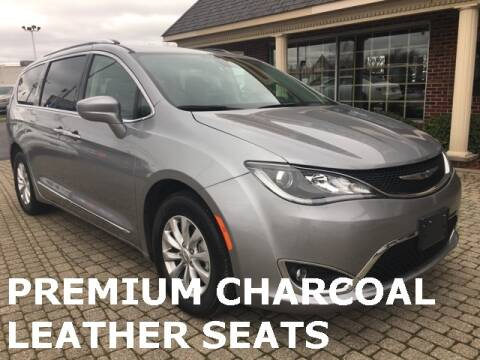 2019 Chrysler Pacifica Touring L for sale at Bowling Green Lincoln Auto Sales in Bowling Green OH