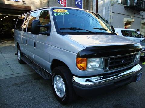 2005 Ford E-Series Wagon for sale at Discount Auto Sales in Passaic NJ
