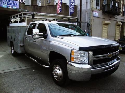 2009 Chevrolet Silverado 3500HD for sale at Discount Auto Sales in Passaic NJ