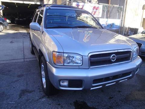 2002 Nissan Pathfinder for sale at Discount Auto Sales in Passaic NJ