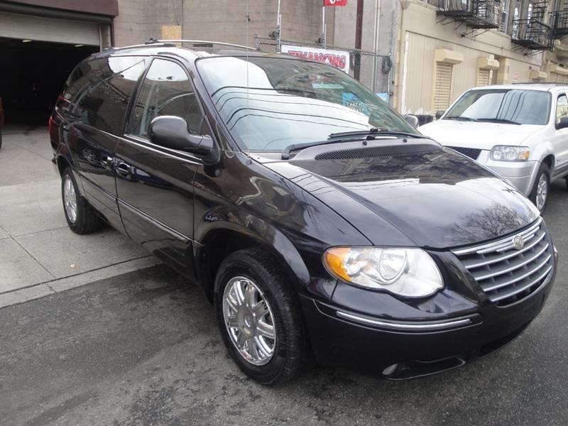 2006 chrysler town and country limited in passaic nj. Black Bedroom Furniture Sets. Home Design Ideas