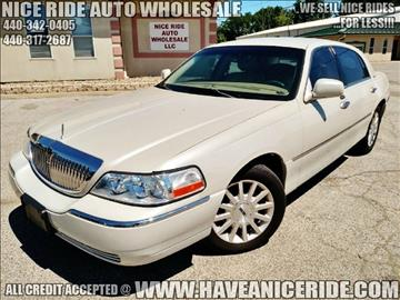 2006 Lincoln Town Car for sale in Eastlake, OH
