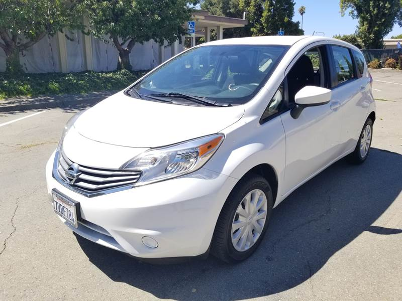 2016 nissan versa note s plus 4dr hatchback in fremont ca los primos auto sales. Black Bedroom Furniture Sets. Home Design Ideas