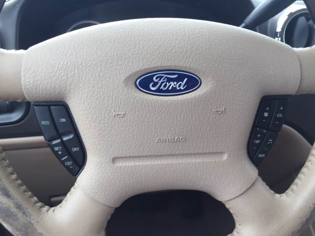 2005 Ford Expedition for sale at Highway 59 Automart in Gulf Shores AL