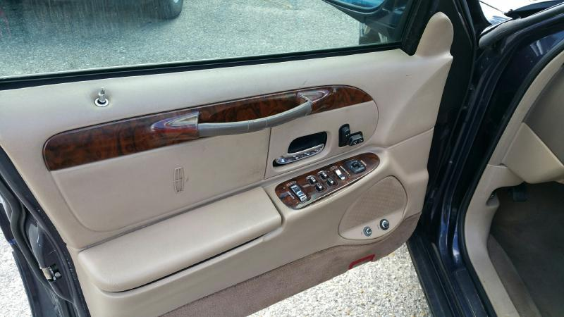1999 Lincoln Town Car for sale at Highway 59 Automart in Gulf Shores AL