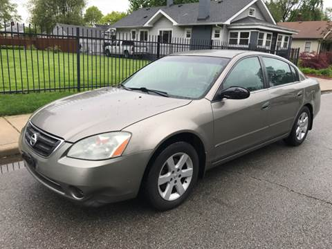 2004 Nissan Altima for sale at JE Auto Sales LLC in Indianapolis IN