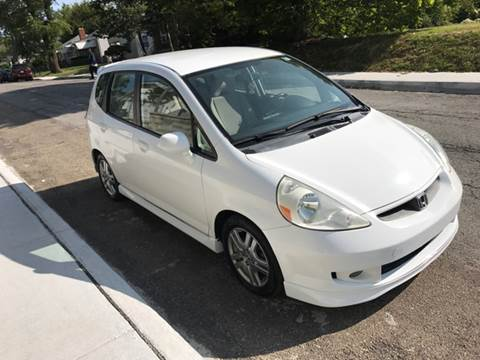 2007 Honda Fit for sale at JE Auto Sales LLC in Indianapolis IN