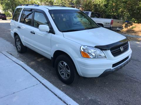 2005 Honda Pilot for sale at JE Auto Sales LLC in Indianapolis IN