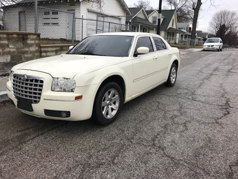 2006 Chrysler 300 for sale at JE Auto Sales LLC in Indianapolis IN