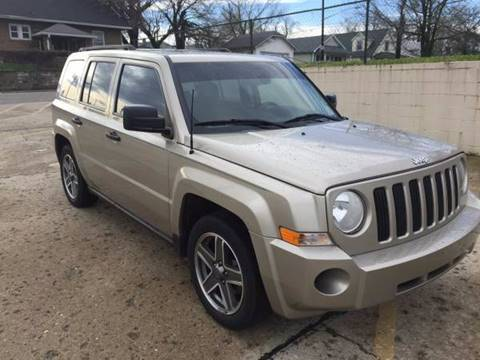 2009 Jeep Patriot for sale at JE Auto Sales LLC in Indianapolis IN