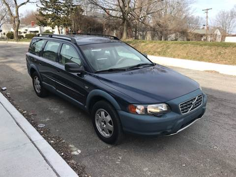 2001 Volvo V70 for sale at JE Auto Sales LLC in Indianapolis IN