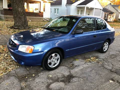 2001 Hyundai Accent for sale at JE Auto Sales LLC in Indianapolis IN