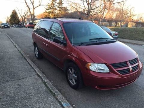 2006 Dodge Caravan for sale at JE Auto Sales LLC in Indianapolis IN
