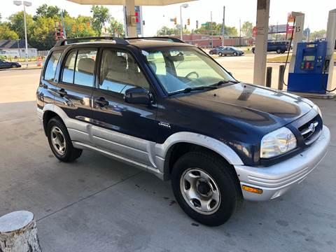 2000 Suzuki Grand Vitara for sale at JE Auto Sales LLC in Indianapolis IN