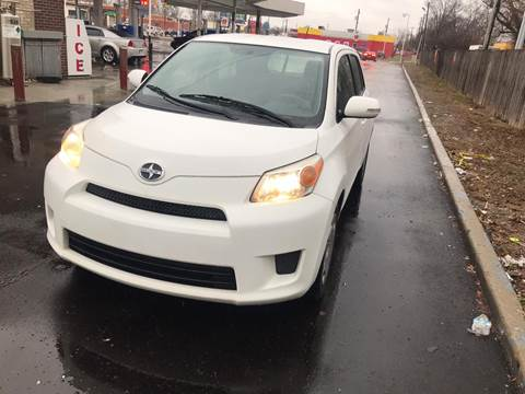 2009 Scion xD for sale at JE Auto Sales LLC in Indianapolis IN