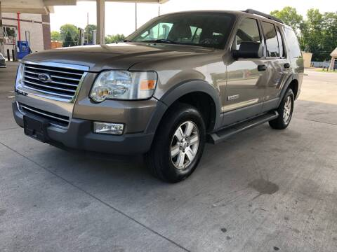 2006 Ford Explorer for sale at JE Auto Sales LLC in Indianapolis IN
