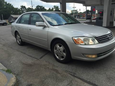 2003 Toyota Avalon for sale at JE Auto Sales LLC in Indianapolis IN