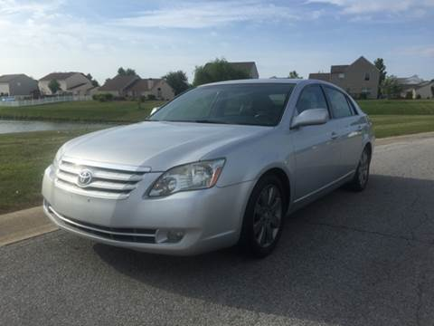 2006 Toyota Avalon for sale at JE Auto Sales LLC in Indianapolis IN