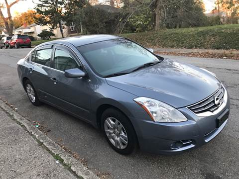 2010 Nissan Altima for sale at JE Auto Sales LLC in Indianapolis IN