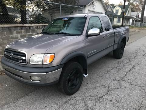 2001 Toyota Tundra for sale at JE Auto Sales LLC in Indianapolis IN