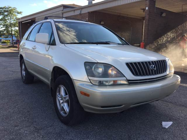 1999 Lexus RX 300 for sale at JE Auto Sales LLC in Indianapolis IN