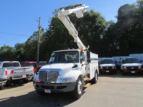 2006 International 4300 Bucket Truck for sale in Oakwood, GA