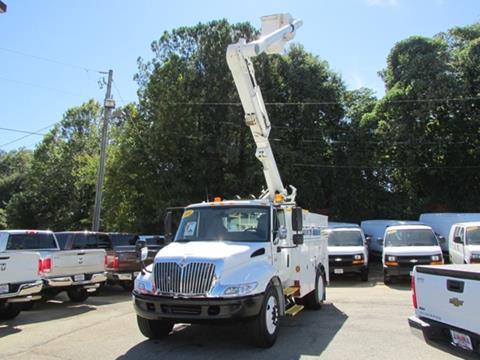 2005 International 4300 Bucket Truck for sale in Oakwood, GA