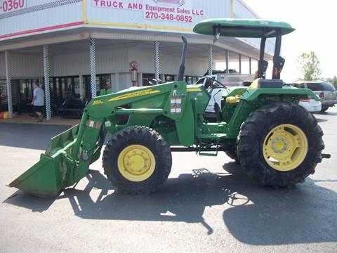 2013 John Deere 5045E Tractor