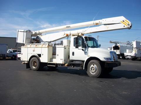 2004 International 4300 Bucket Truck