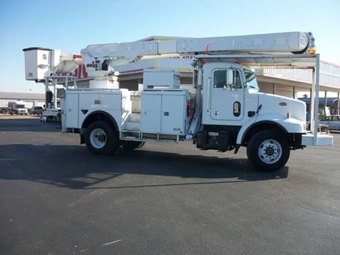 2005 Peterbilt 330 Bucket Truck