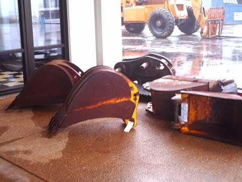 John Deere Buckets