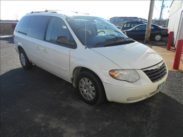 2005 Chrysler Town and Country for sale in Austin, MN