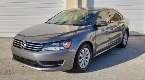 2015 Volkswagen Passat for sale in Miami, FL