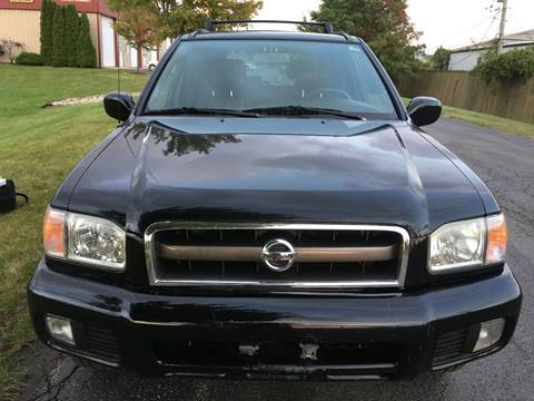 2002 Nissan Pathfinder for sale at Luxury Cars Xchange in Lockport IL